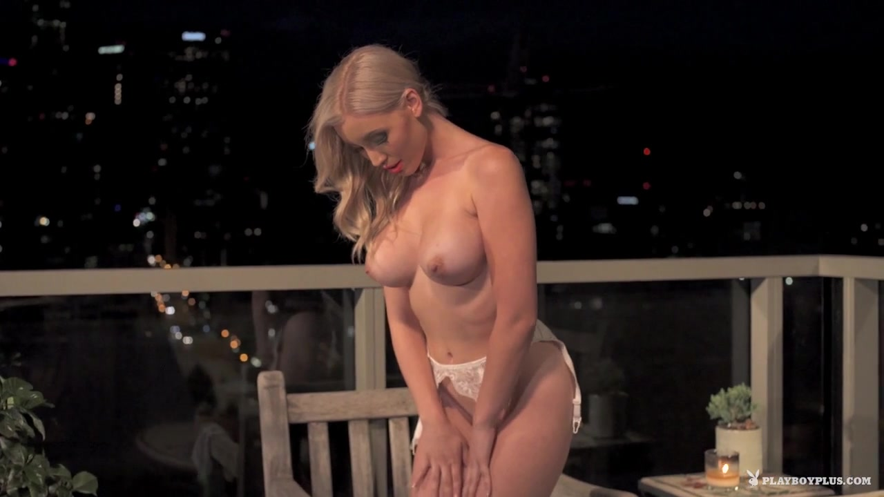 Women fucking massive dildos 18+ Galleries