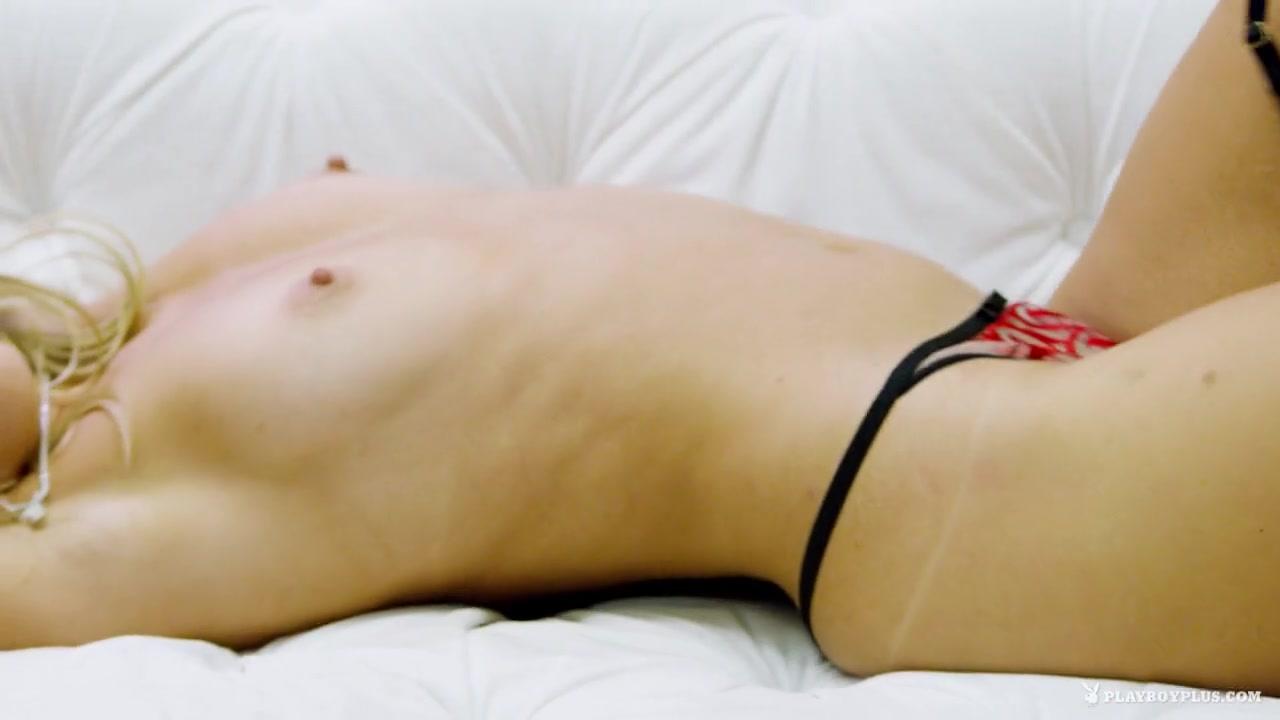 Big tits mature diner flash Porn Pics & Movies