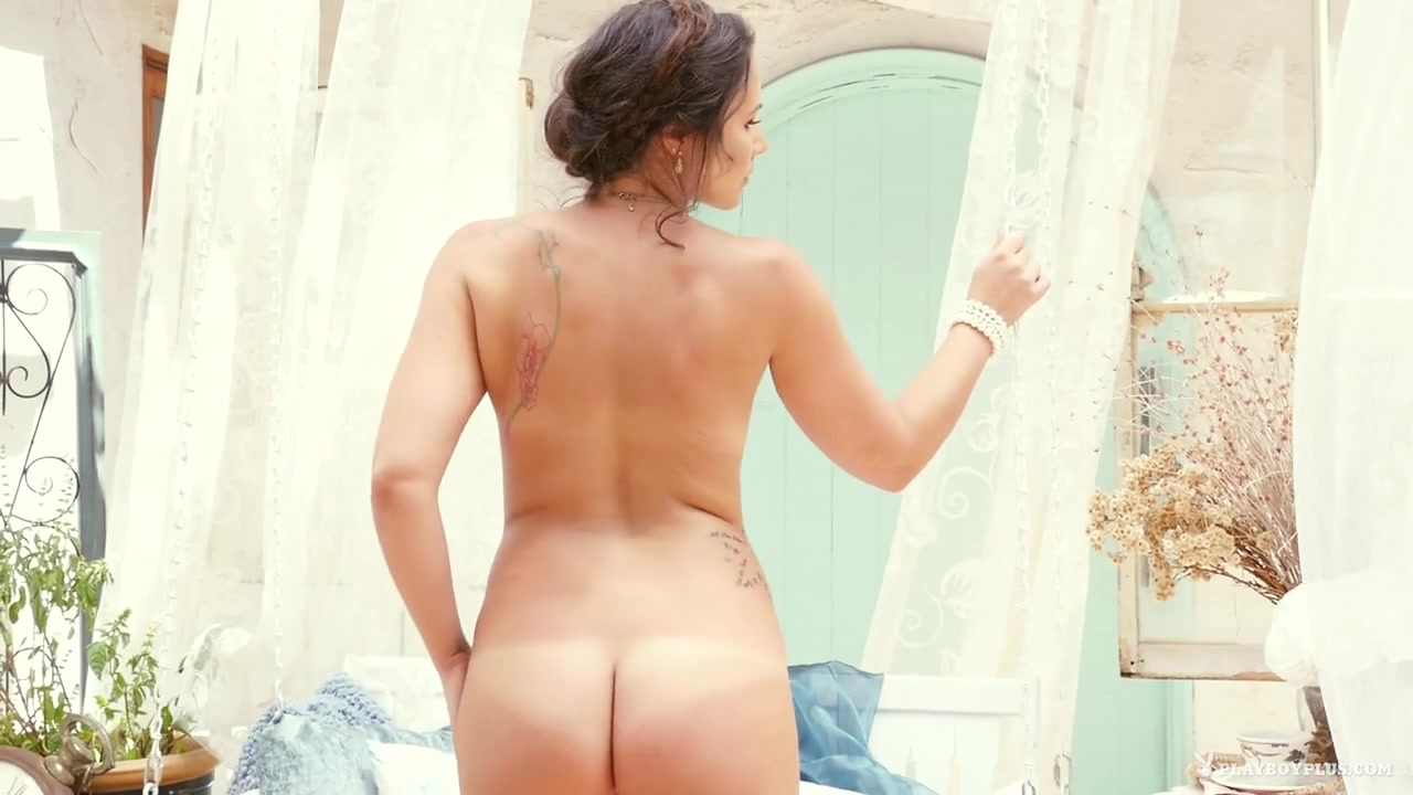 Naked FuckBook Pante with nude girls