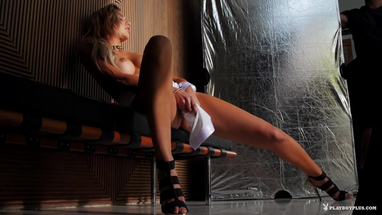 What is the difference between hookup seeing or being in a relationship Sexy Video