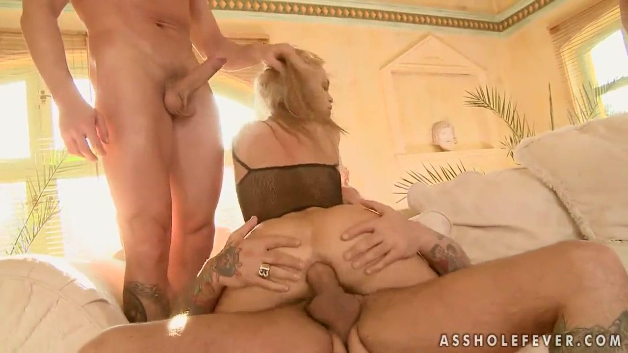 Redtube threesome doubleheaded dildos Quality porn