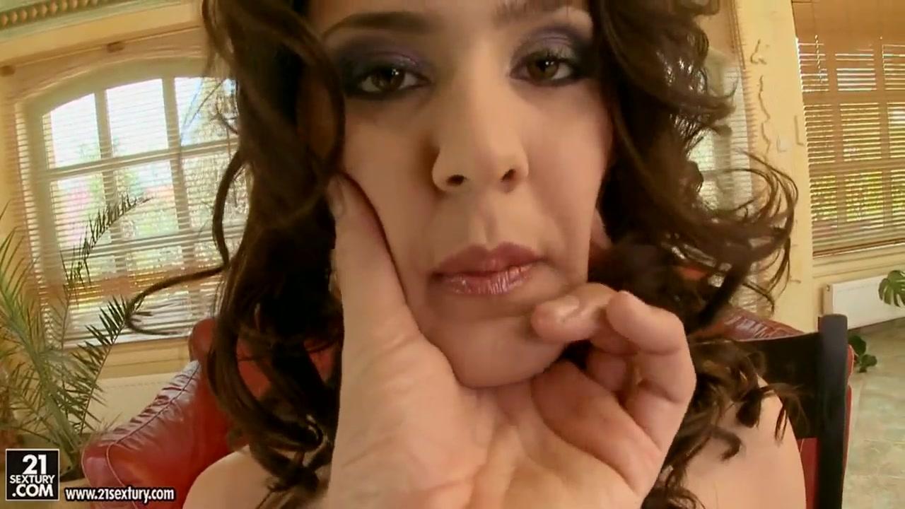 Huge oiled butt women free porn XXX Video