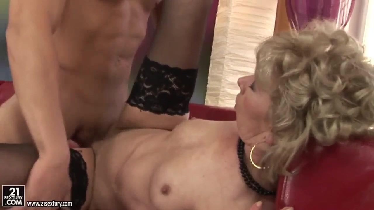toute premiere fois watch online Sexy Photo