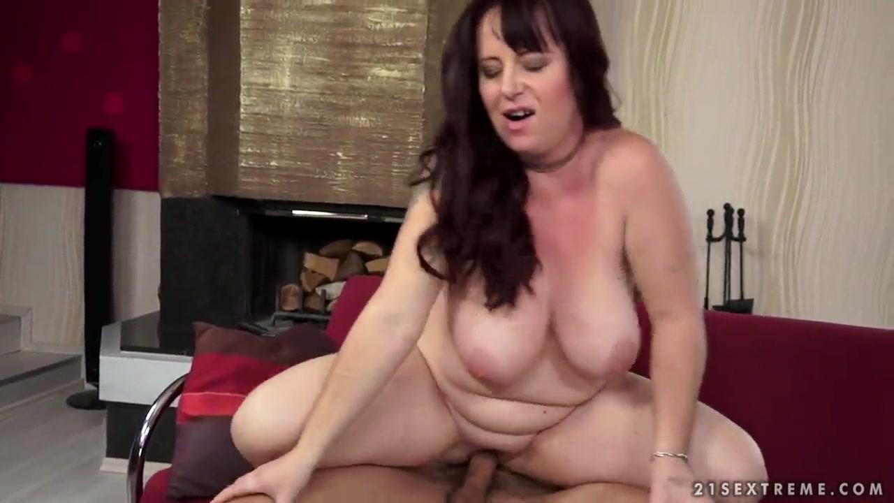 Blonde milf cums hard on huge cock Porn pic