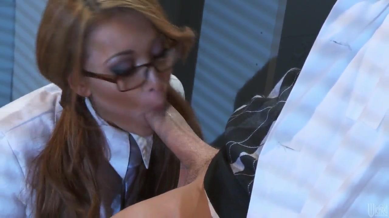 Kelly monaco idol hands nude video clip Sex archive