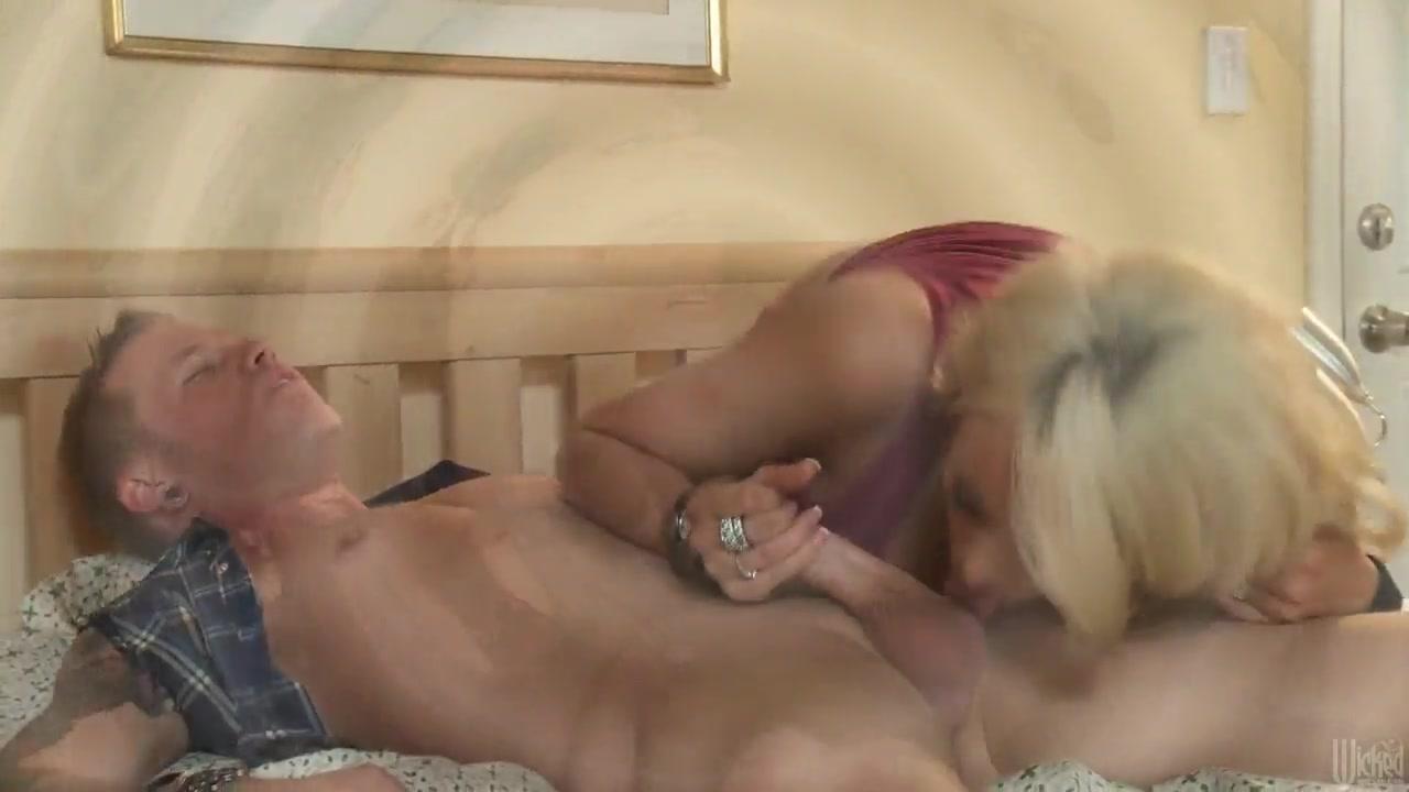 morgan eliot vanlandinghame naked Sex photo