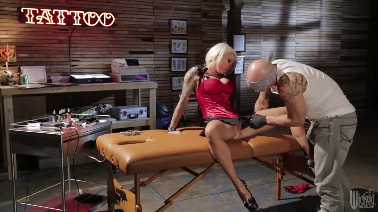 Hot xXx Video What is a good anniversary song