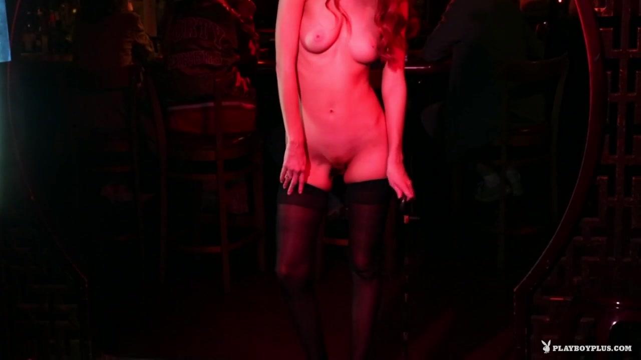 Naked 18+ Gallery Watch terror on arlia online dating