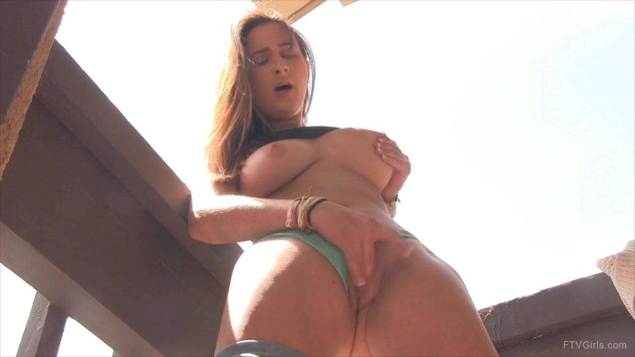 Porn galleries Rizki dating