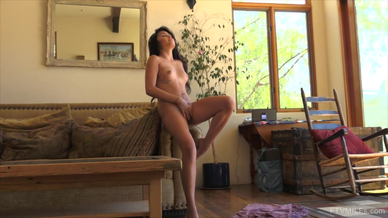 Hot Nude gallery Sri lanka dating in usa