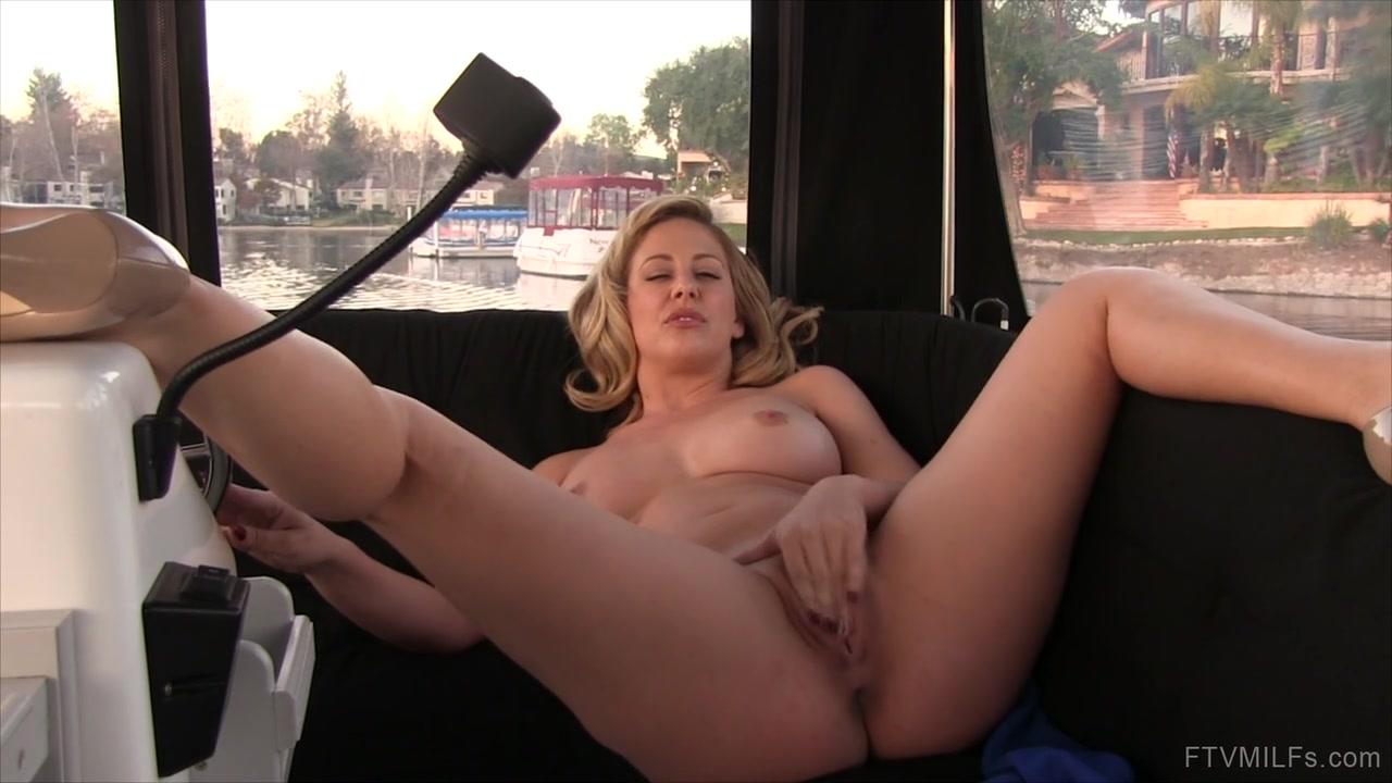 Hot Nude Vaishali movie hot seen dating