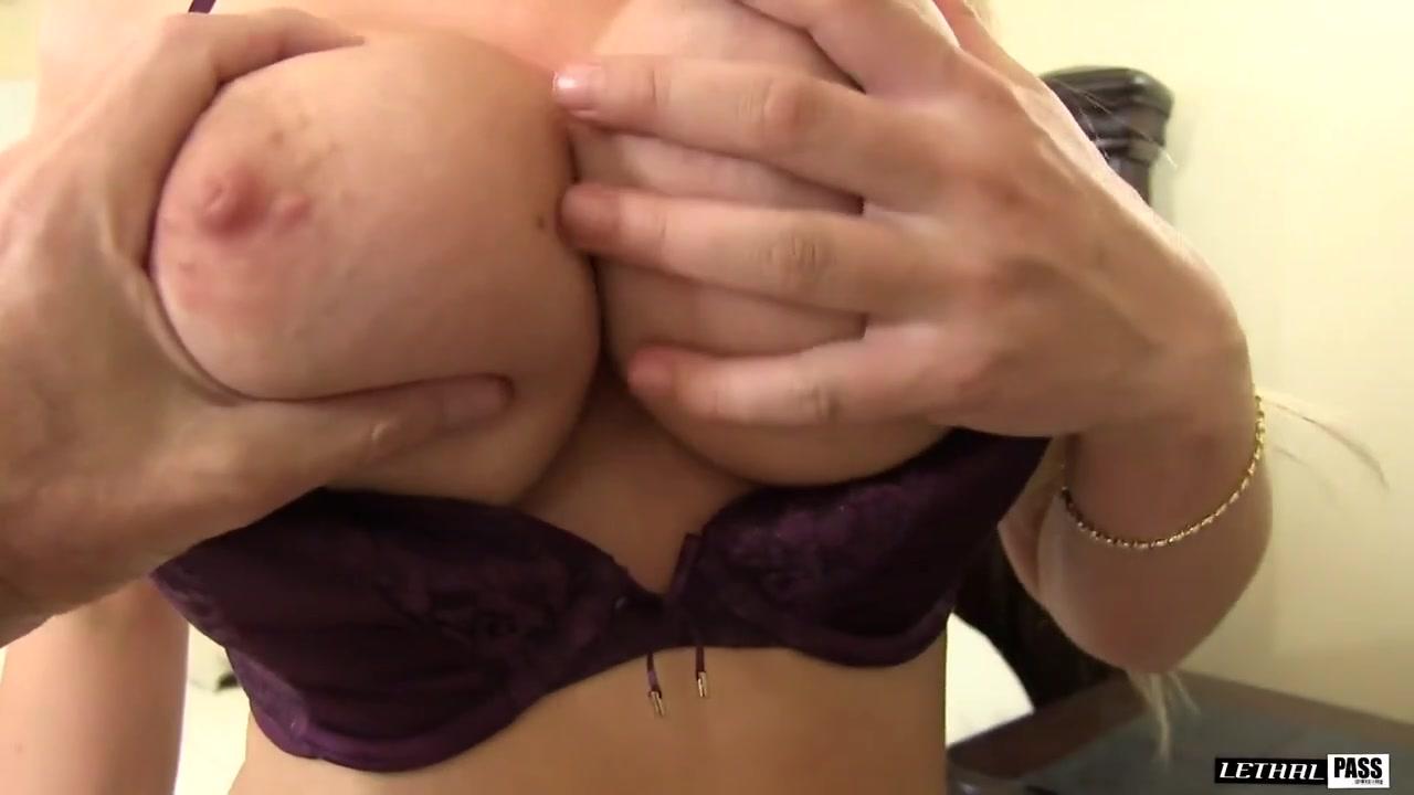 Girls piss pee video Hot xXx Pics