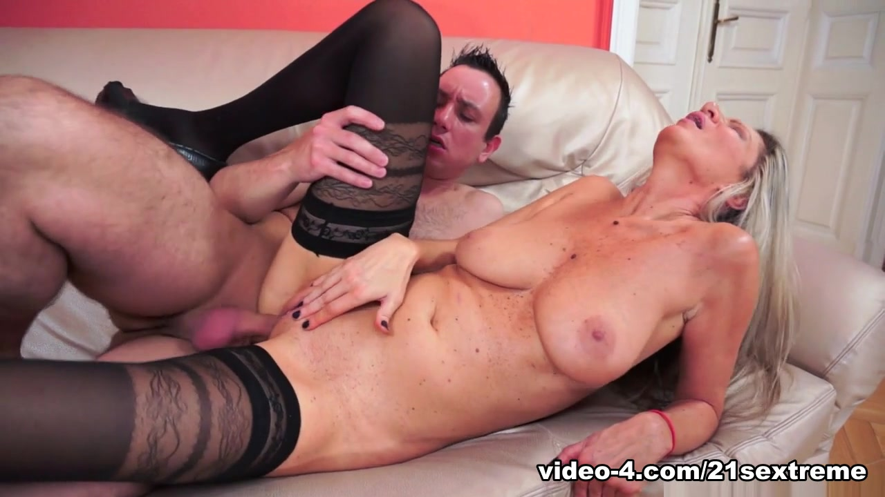 Hot porno Naked gay men leather men