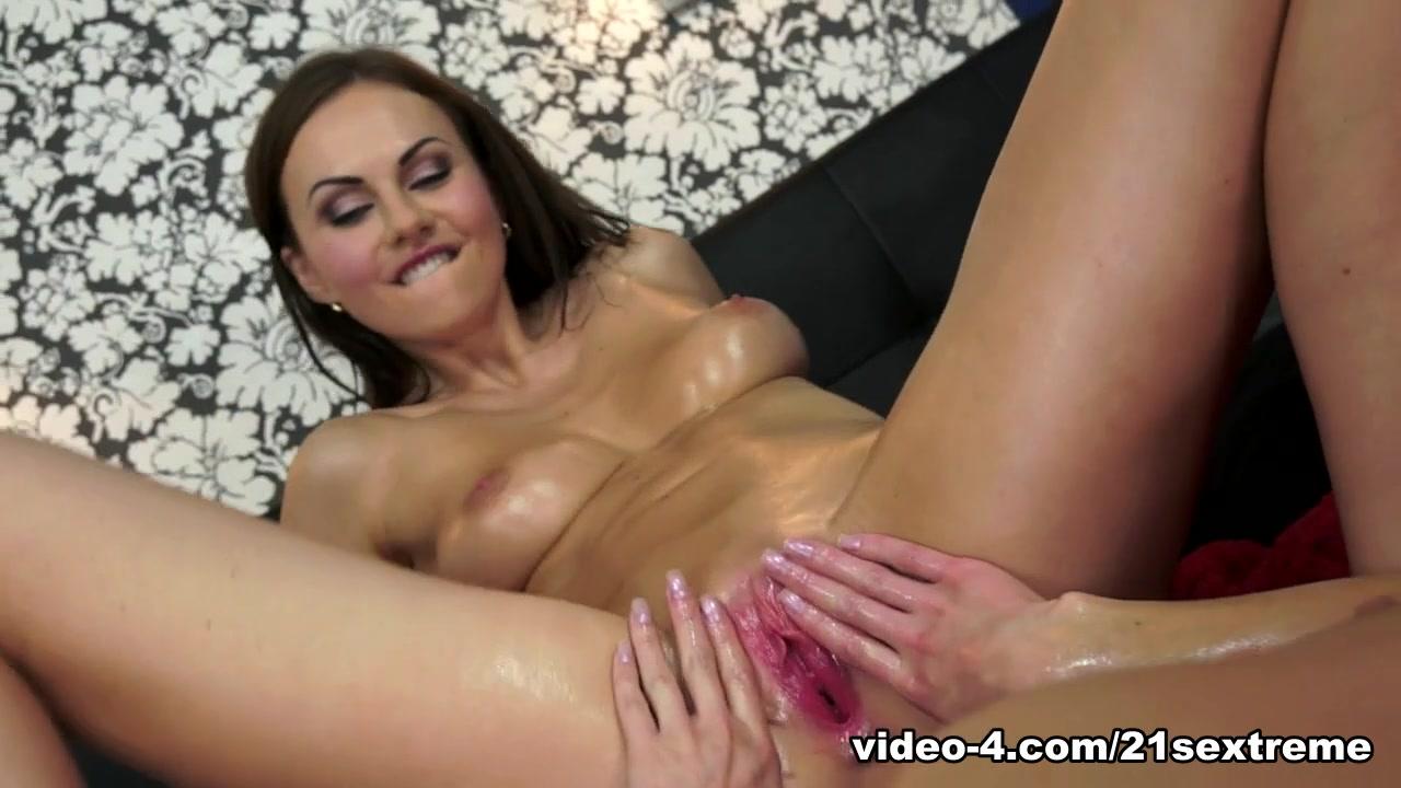 Sexy naked coco XXX Porn tube