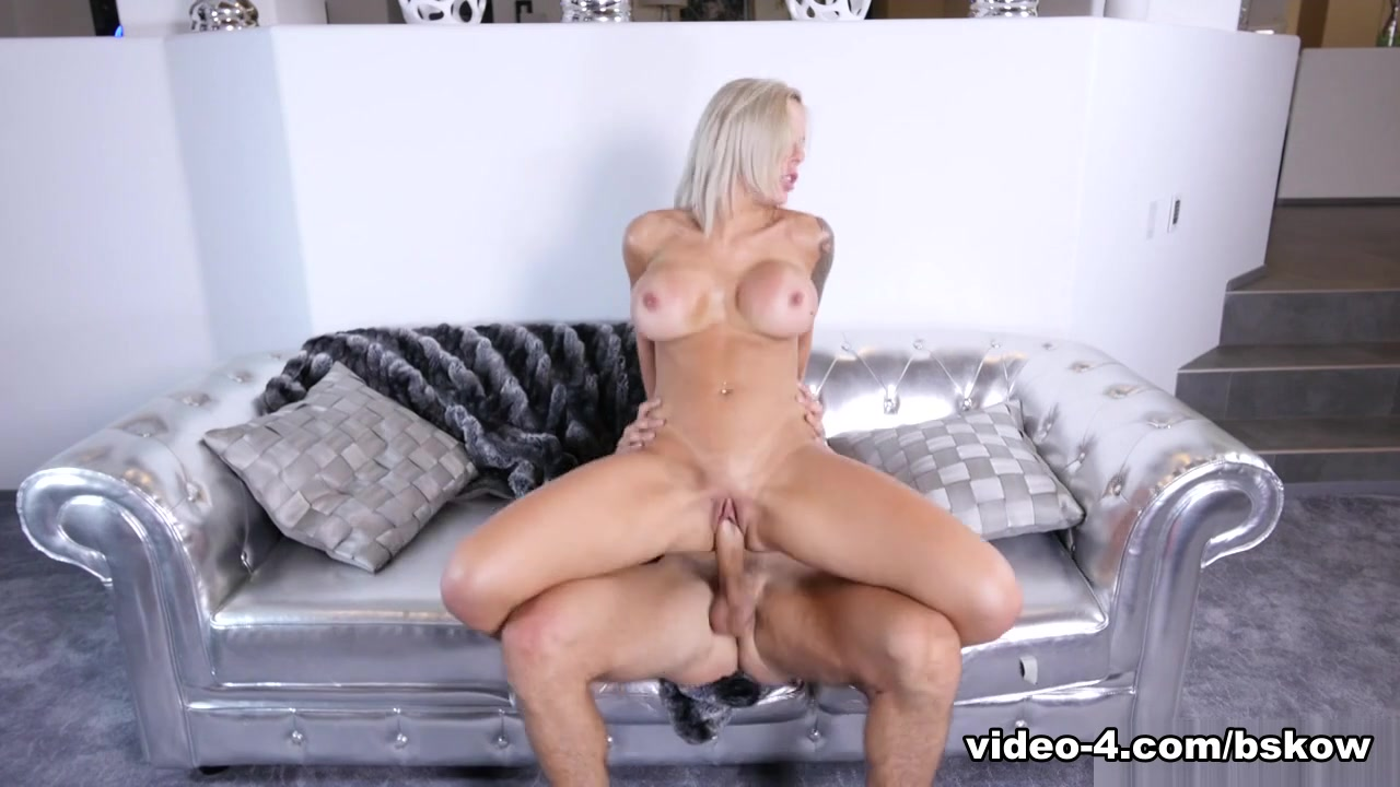 New xXx Pics Had to see his enormous cock