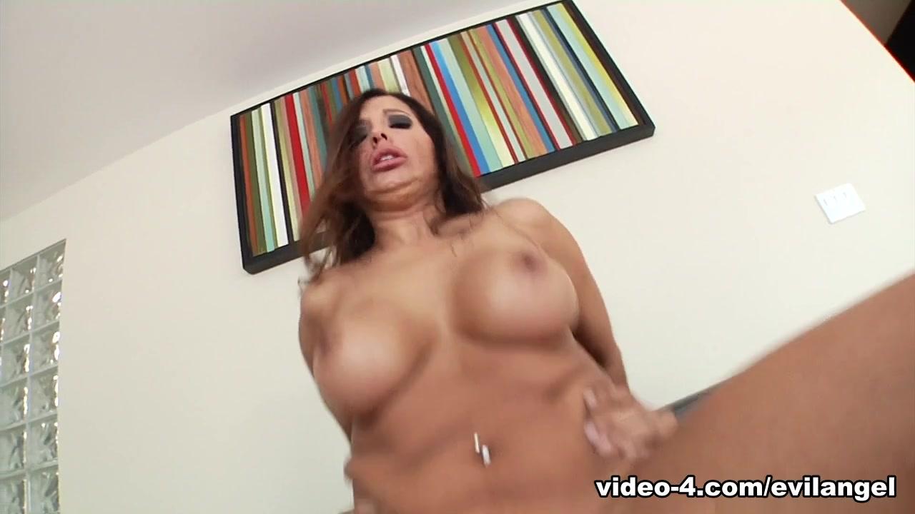 Sexy Video Japanese mature wank and cum