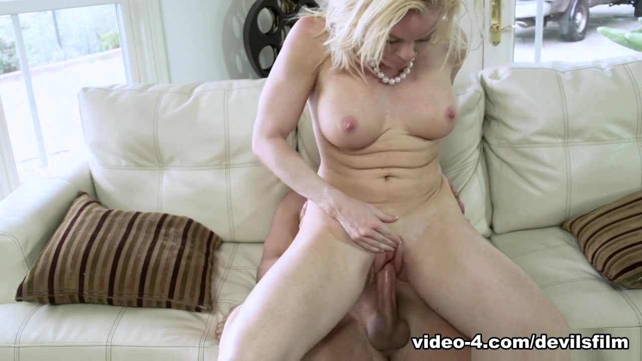 Hot xXx Video How to become beautiful and attractive girl
