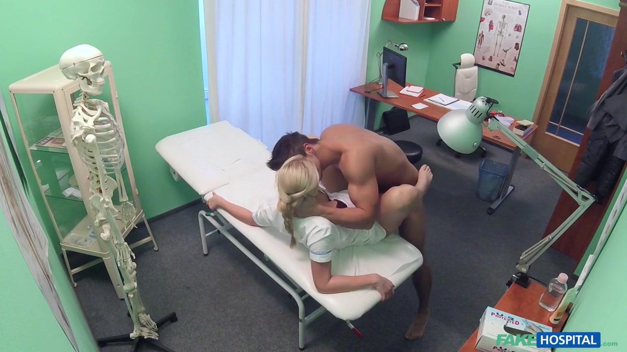 Porn tube Big black bbw masturbating + squirting
