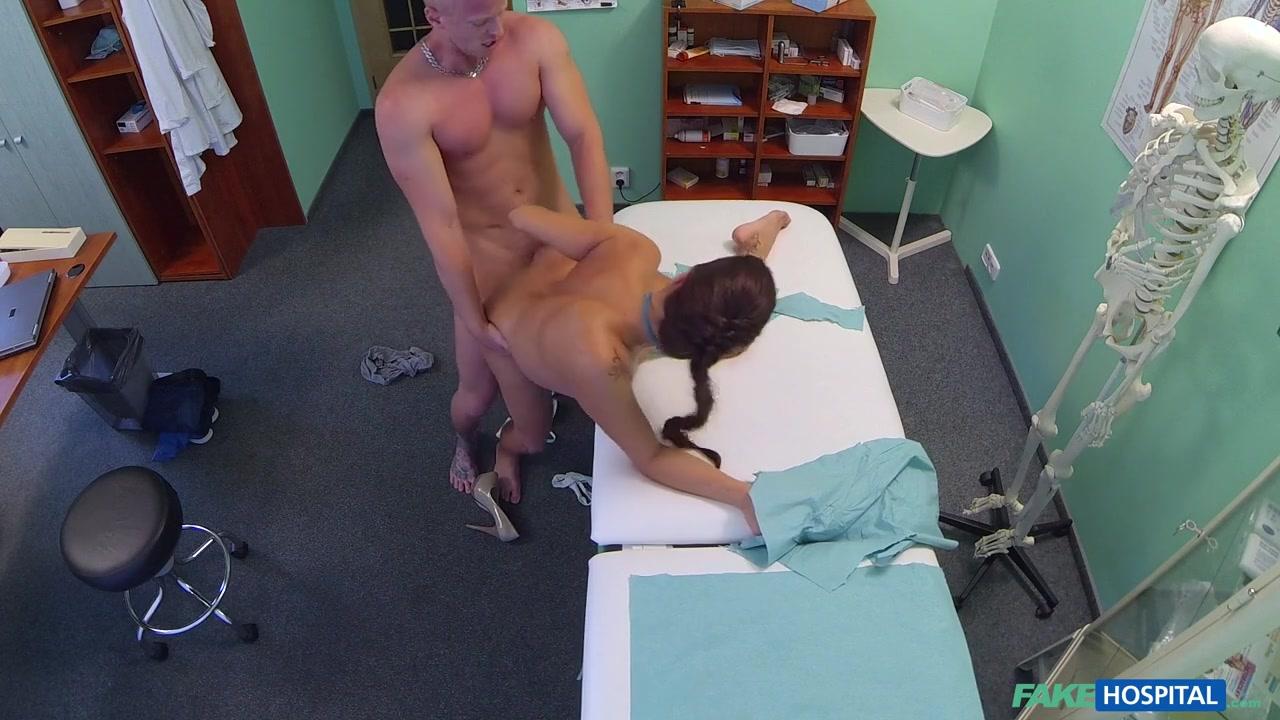 New porn Tight skirt porn pics
