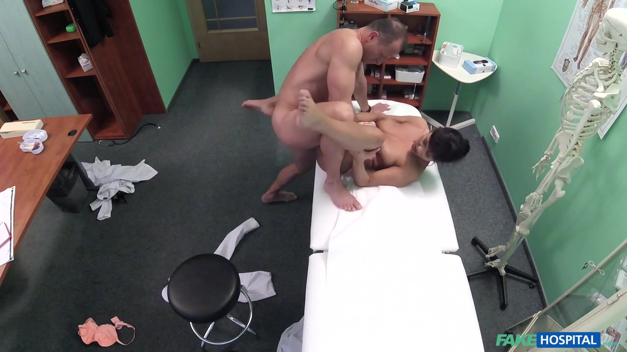 dating a goofy girl New porn