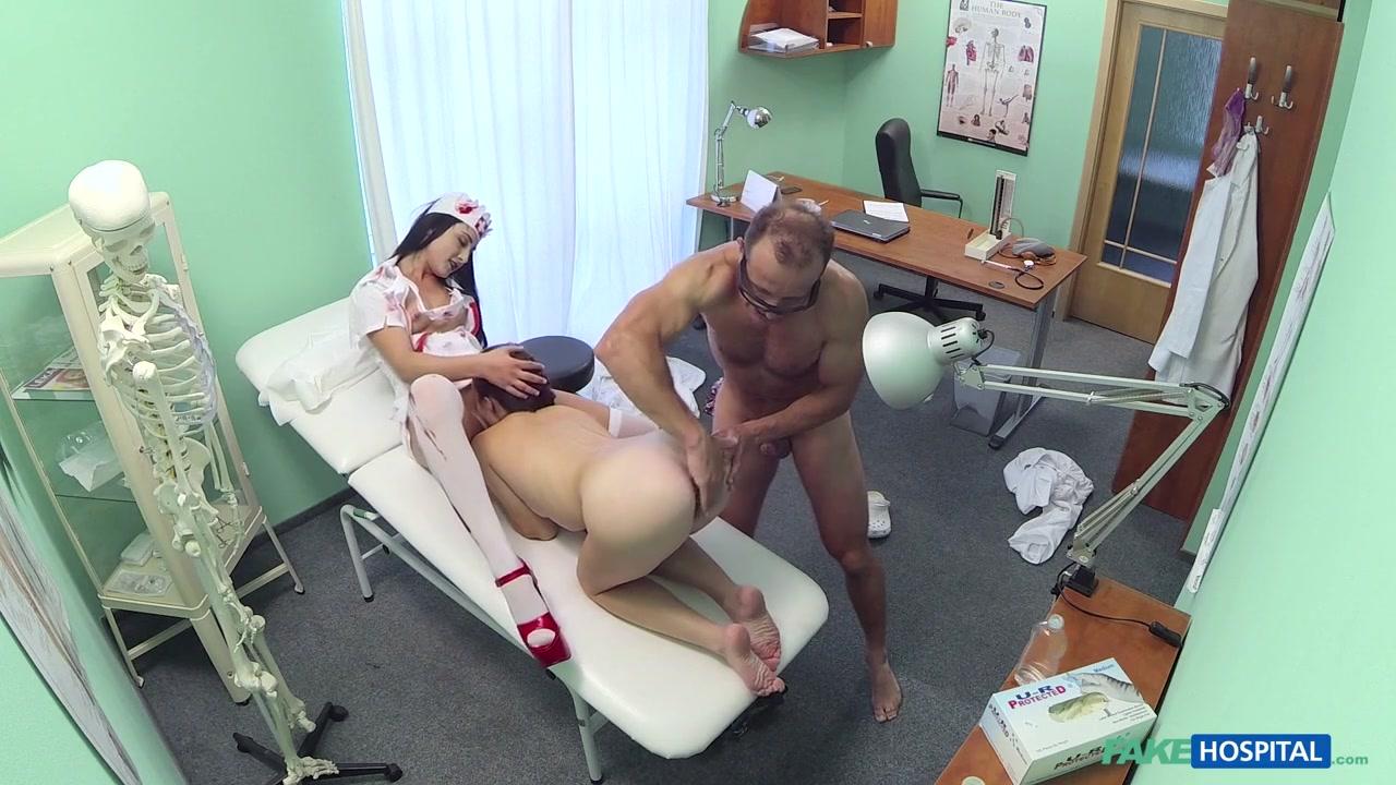 Sexy por pics Huge tranny cock tube