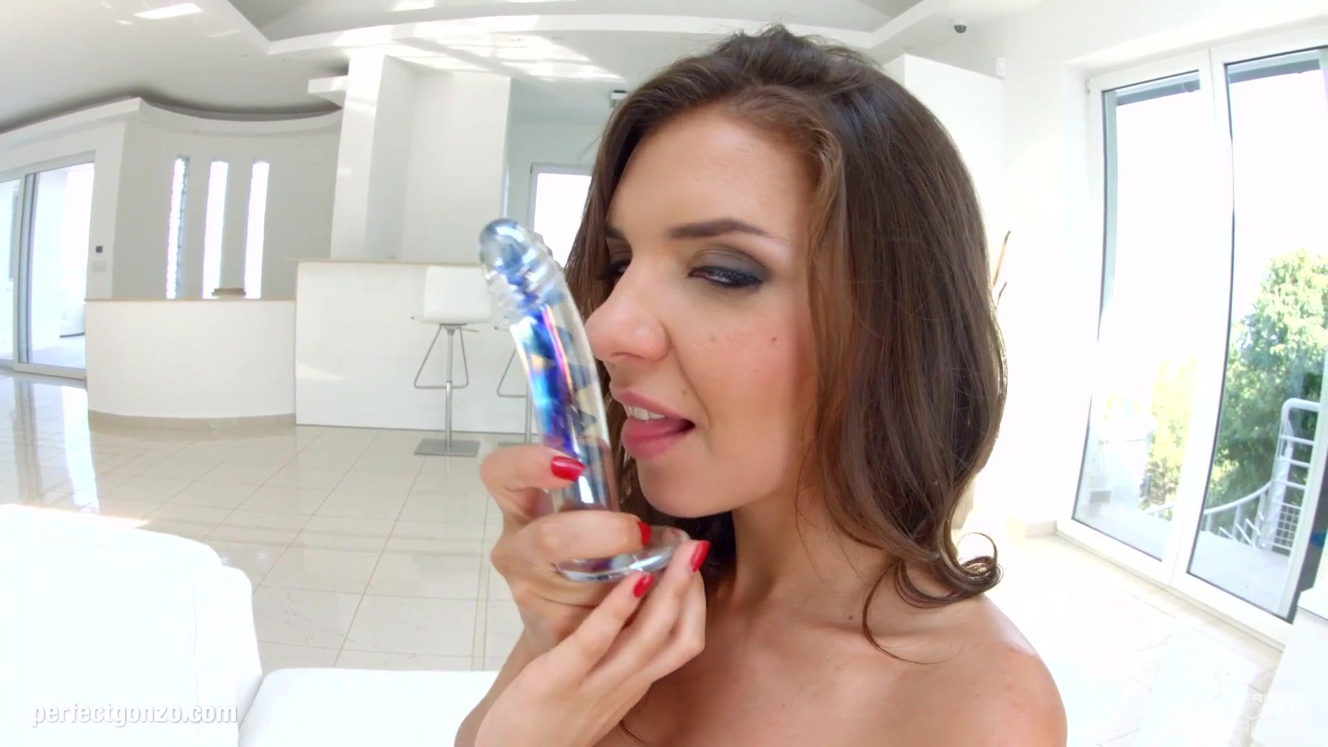 Adult Videos Mature begging for cum