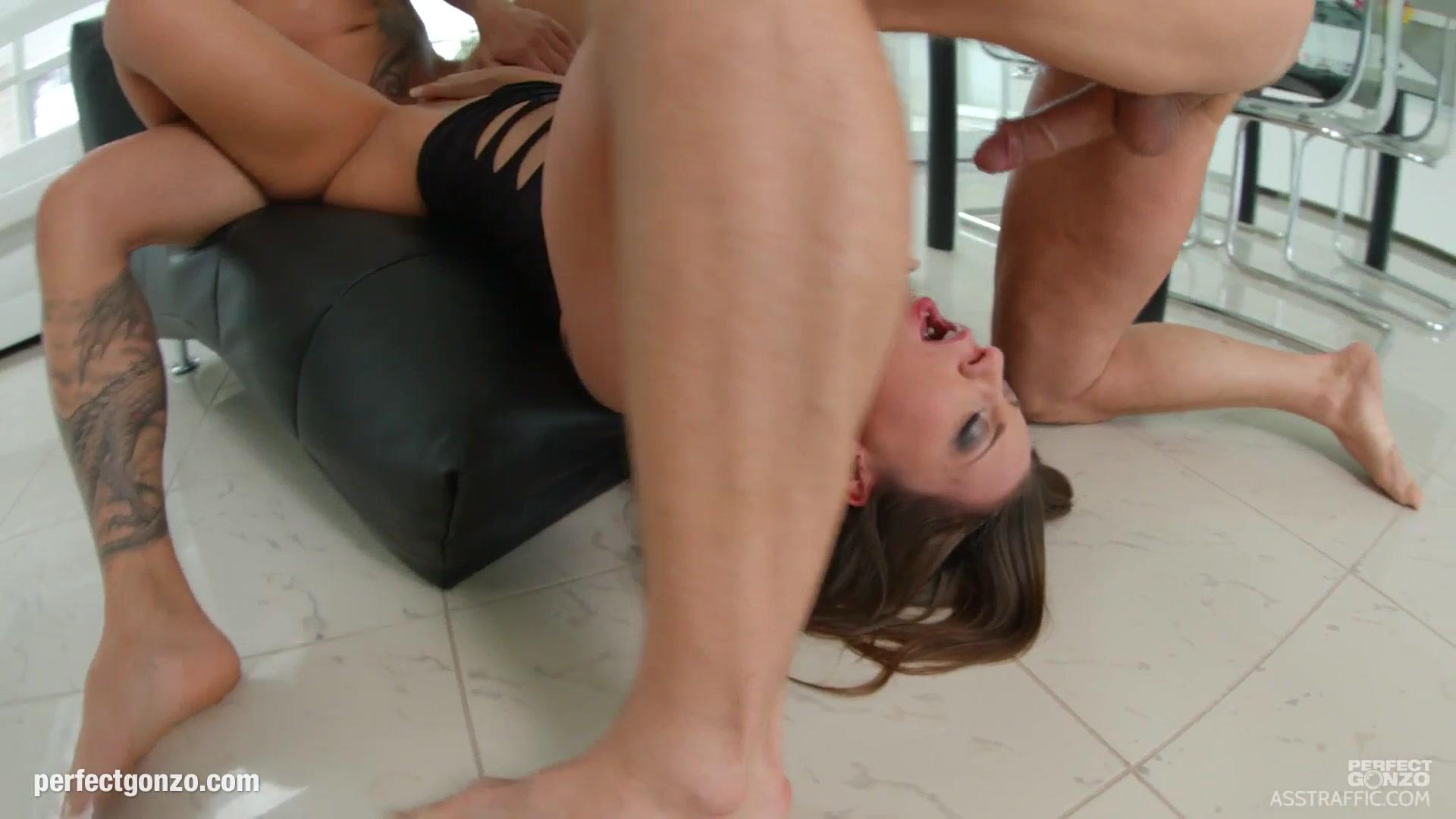 New porn Older women masturbating porn