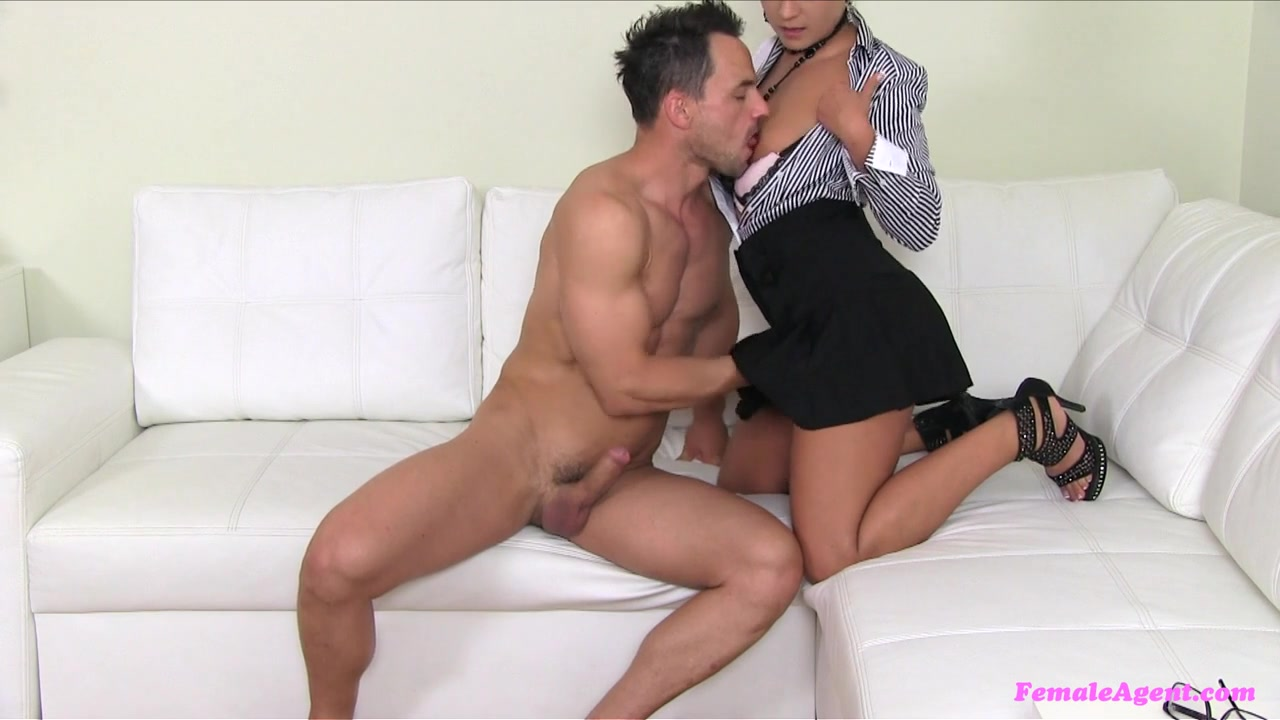 Clit fucked Lesbiyan sexis