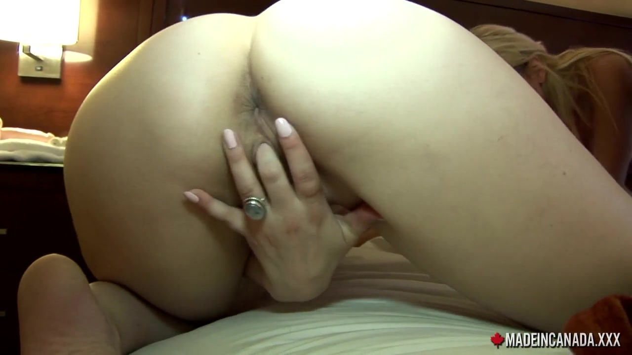 Underneath naked out dancer camped pussy