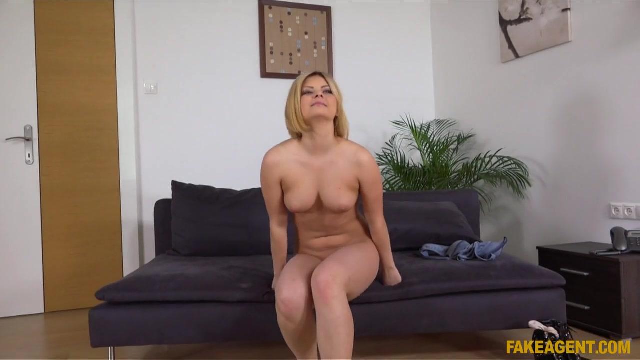 Hot amateur MILFs fist fucking in public Porn clips
