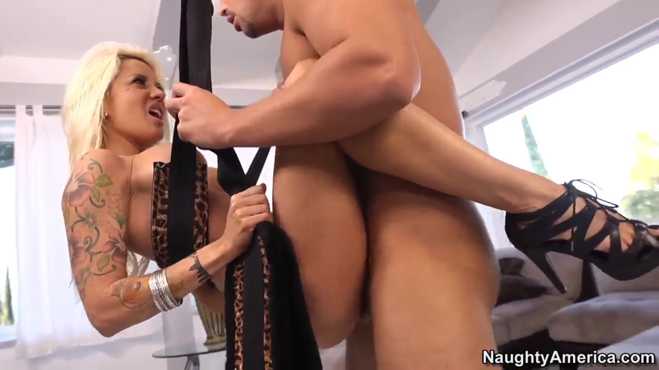 Adult videos Two beautiful milf butts !!!