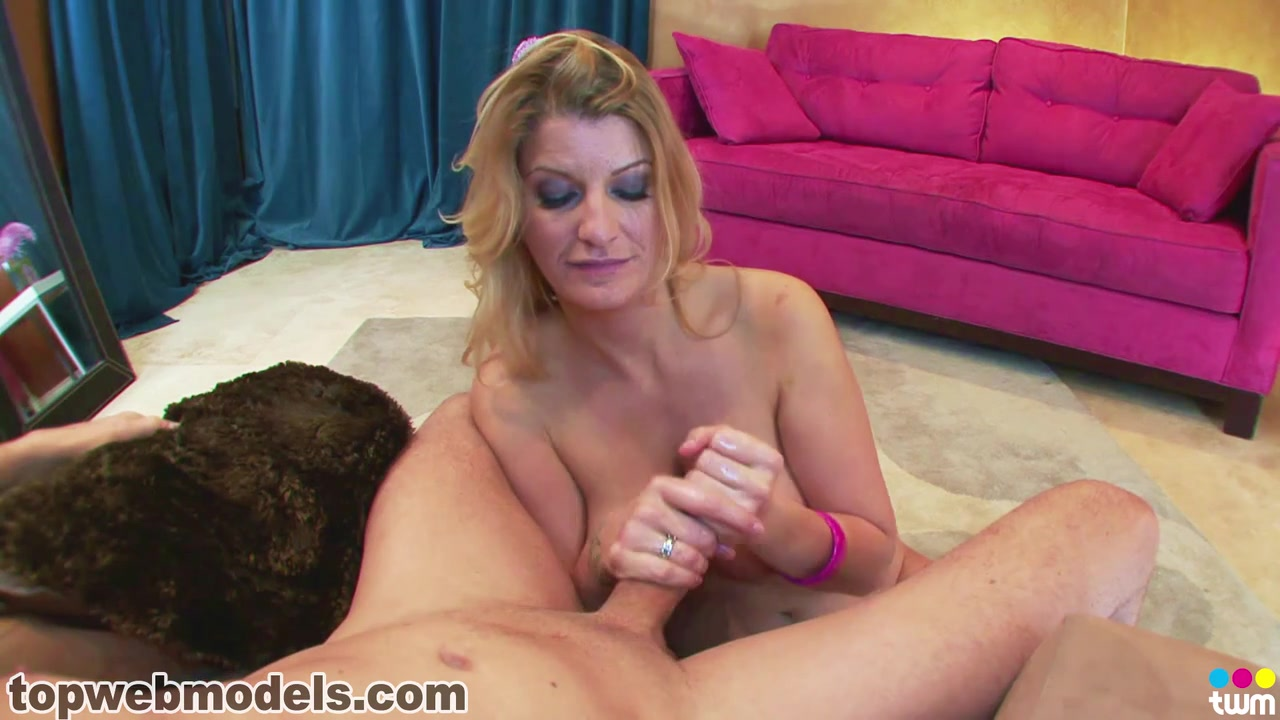 Naked Porn tube Kesha knight pulliam dating tigger costume