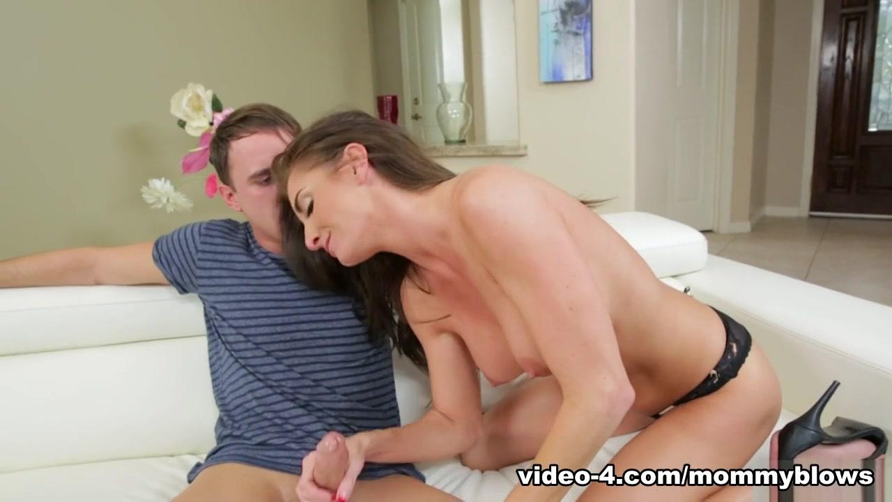 Porn Pics & Movies Hot mature porn photos