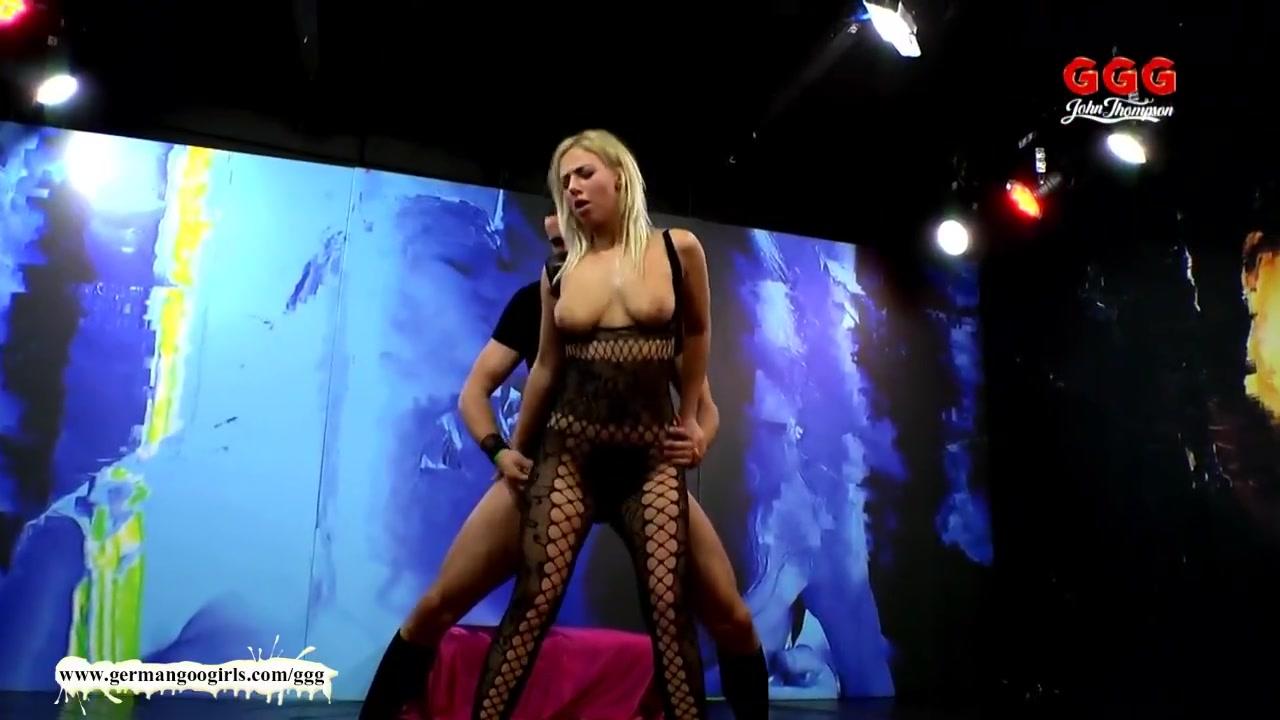 Curvy amateur naked woman Sexy xxx video