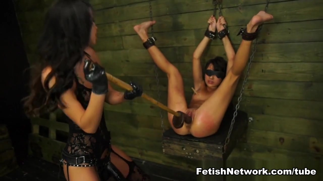 Nude pics Women video top on on having sex