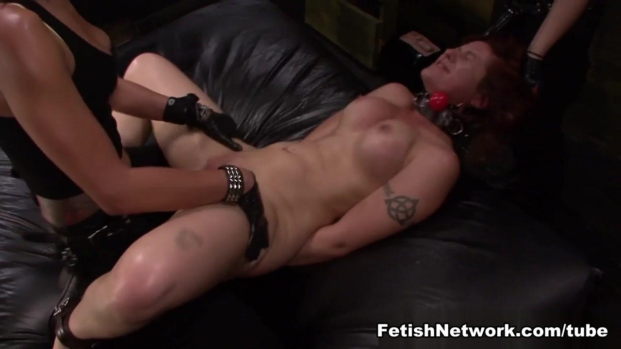 Show sex horny secretary