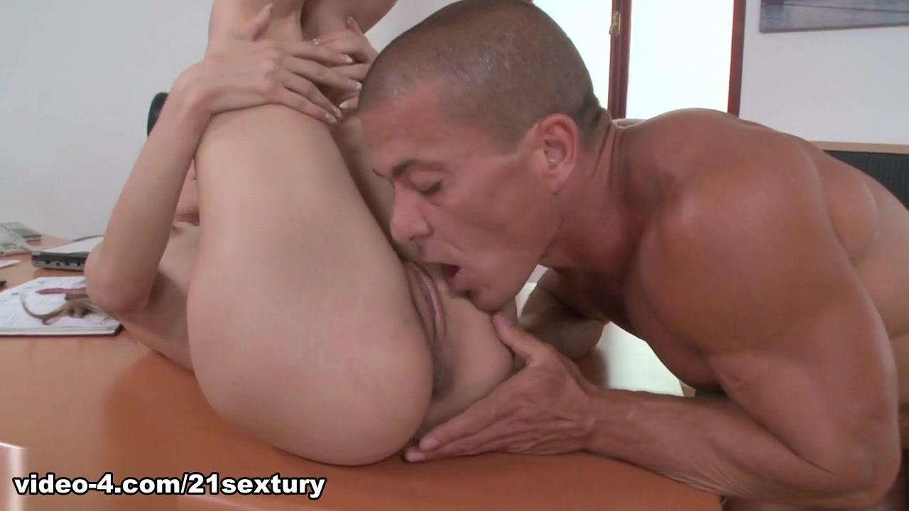 New porn Masturbation With Shower Head
