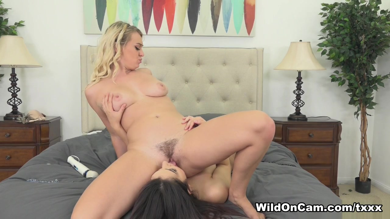 Lesbo sex fuckin Strapon