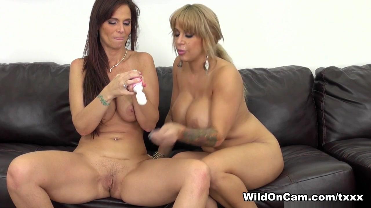 Lesbian fuckin Shown homemade