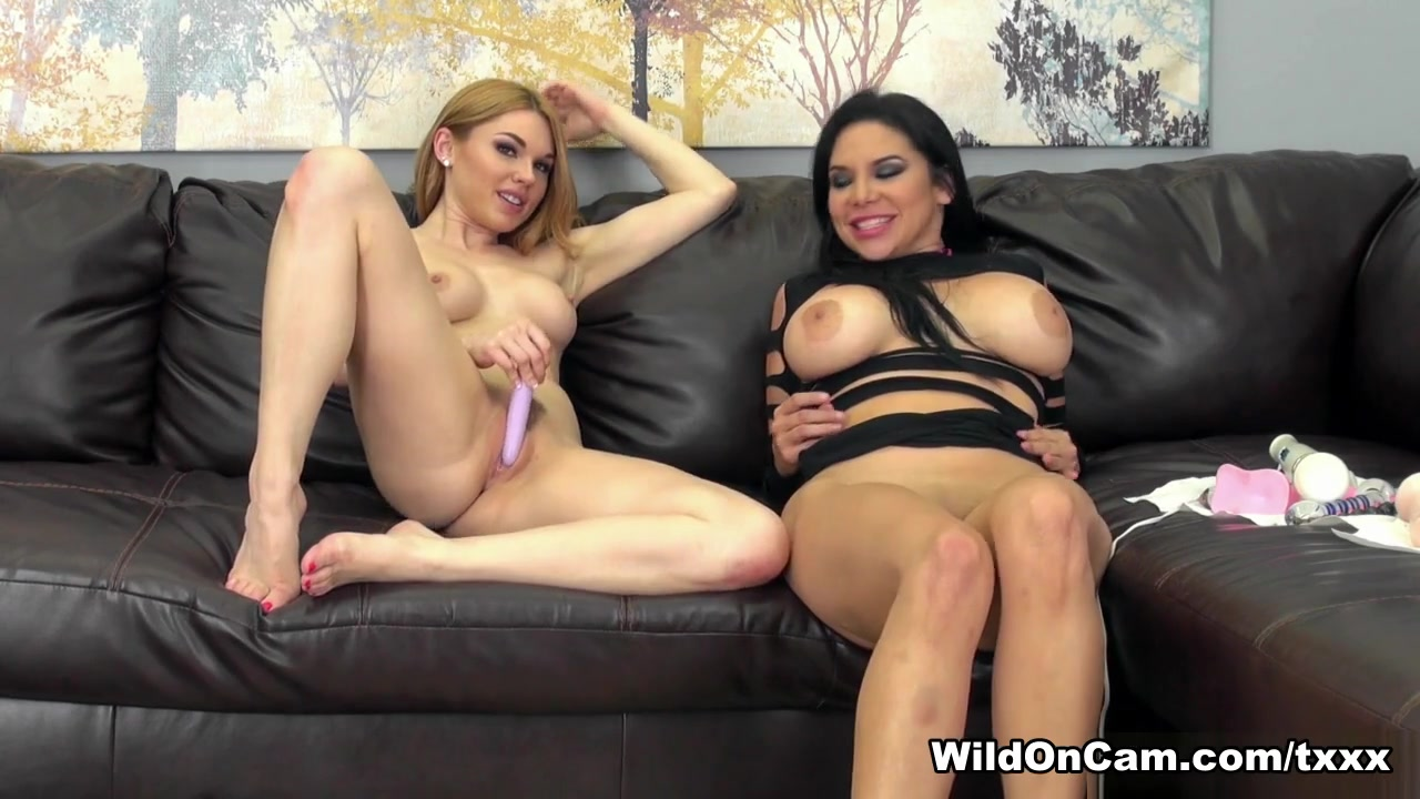 Nude gallery Milf masturbates with a big dildo