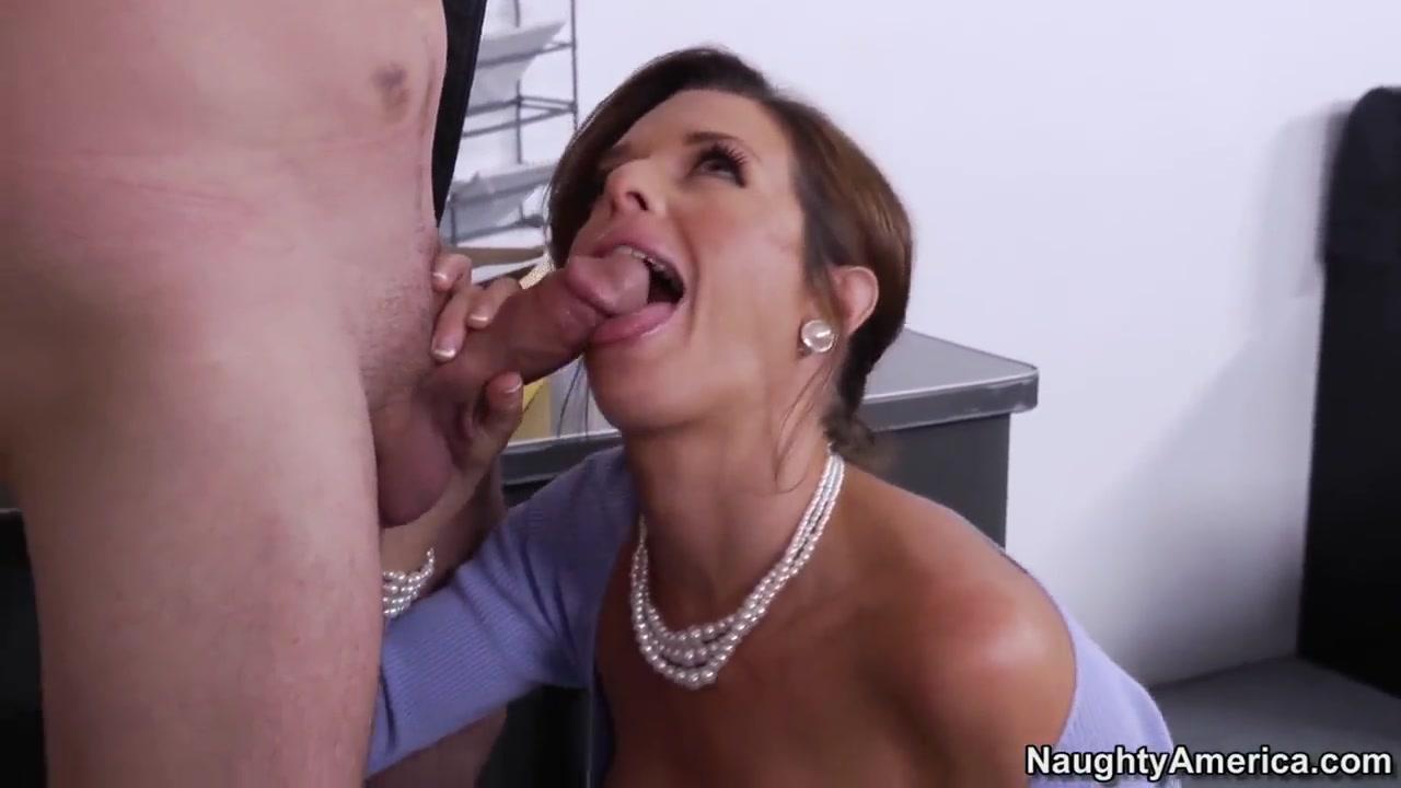 Porn Maid Lesbianh