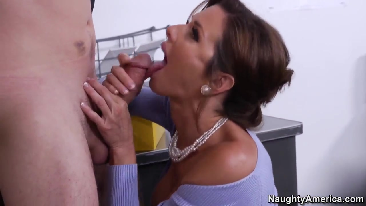 Masturbated pornos Machine lesbiian