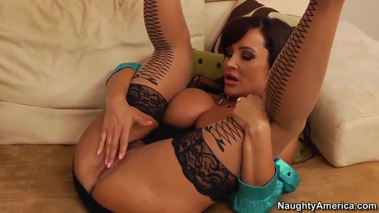 Hot slut Lisa Ann met her old friend and didnt waste time.. free interracial black master porn