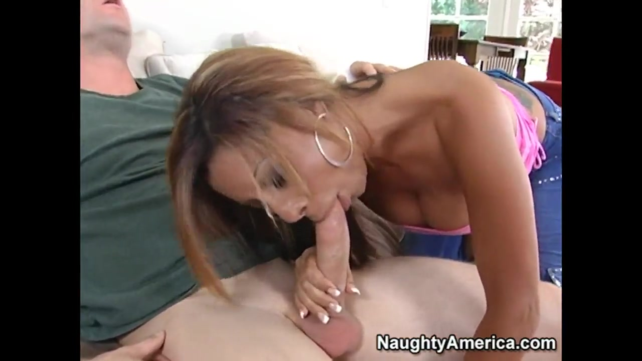 XXX pics How to keep a man intrigued