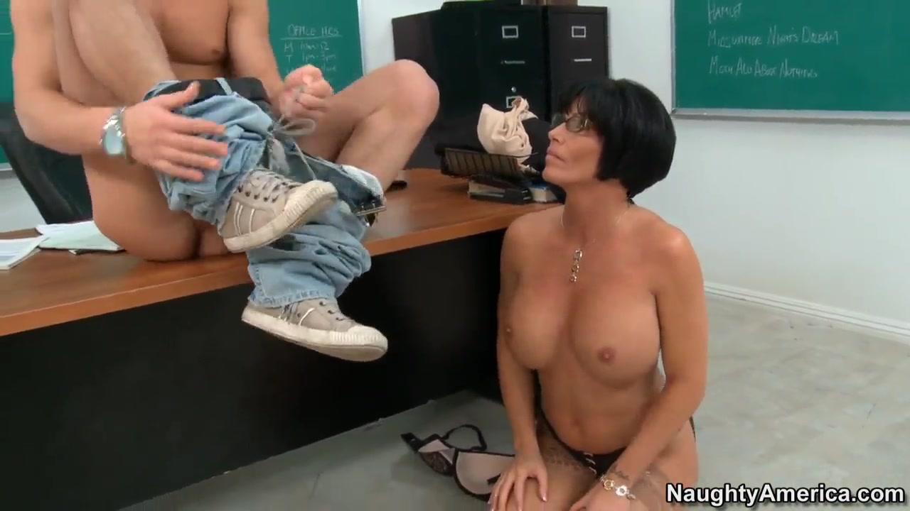 Porn Pics & Movies Boyne tannum hookup program