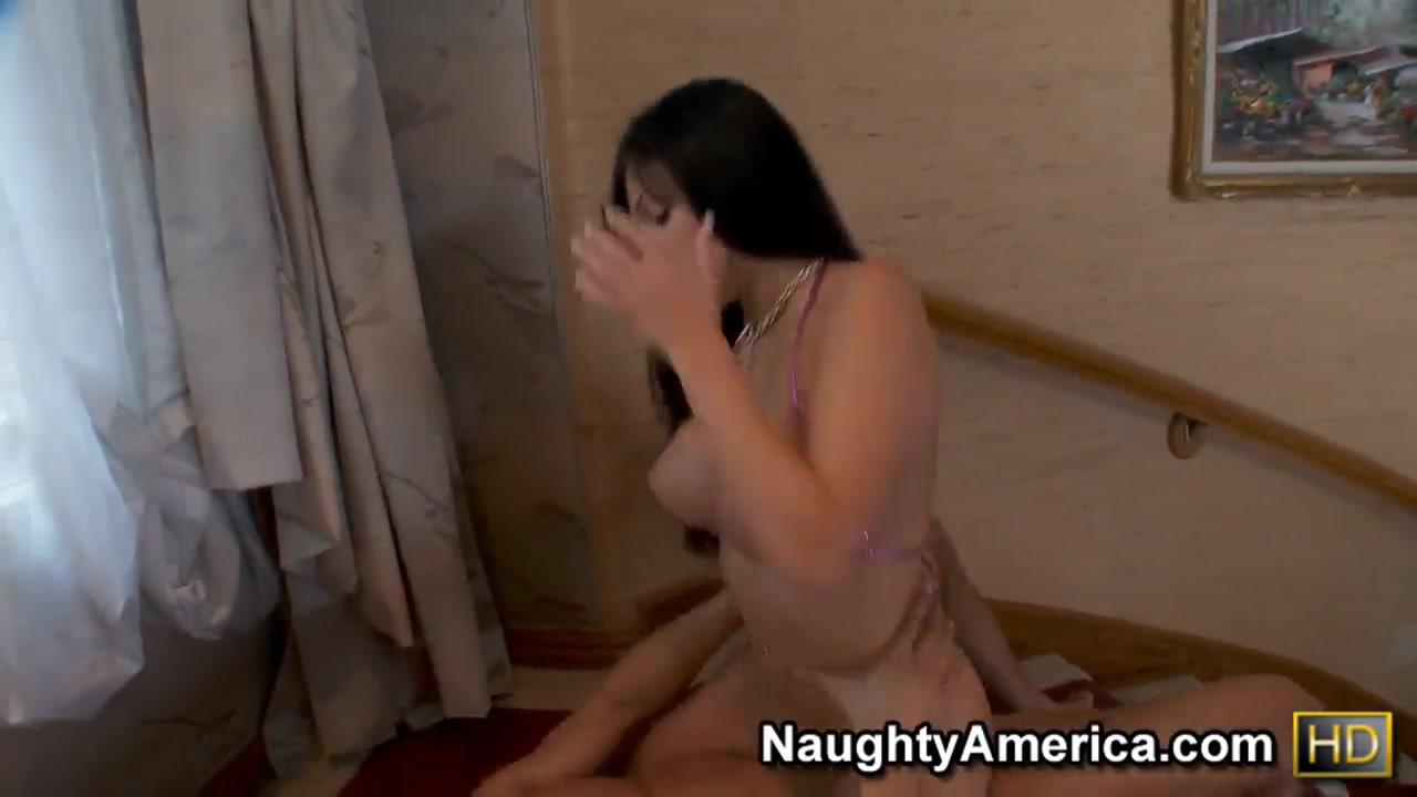 Naked FuckBook Mature women playing
