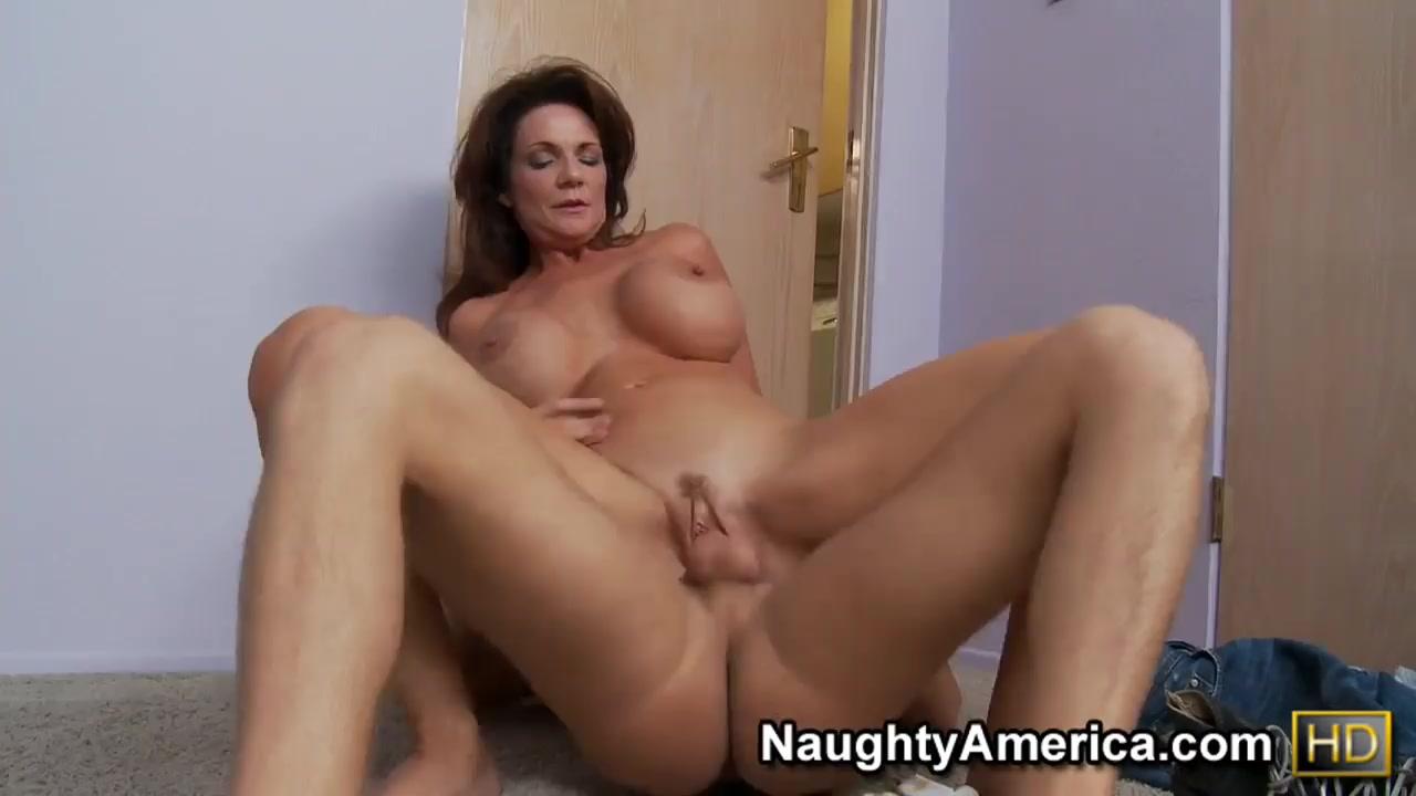 Naked Galleries Prime Amateur Ebony xxx vid