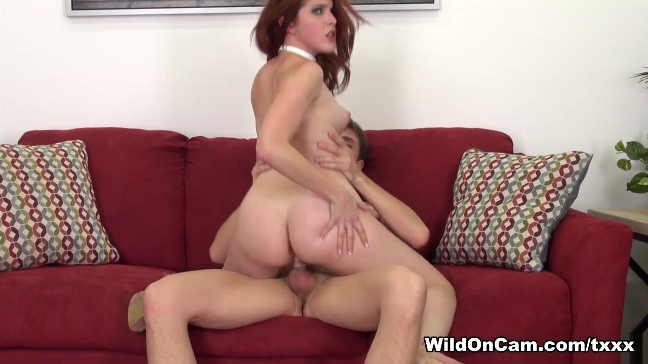 Milf and kitten lesbians Porn clips