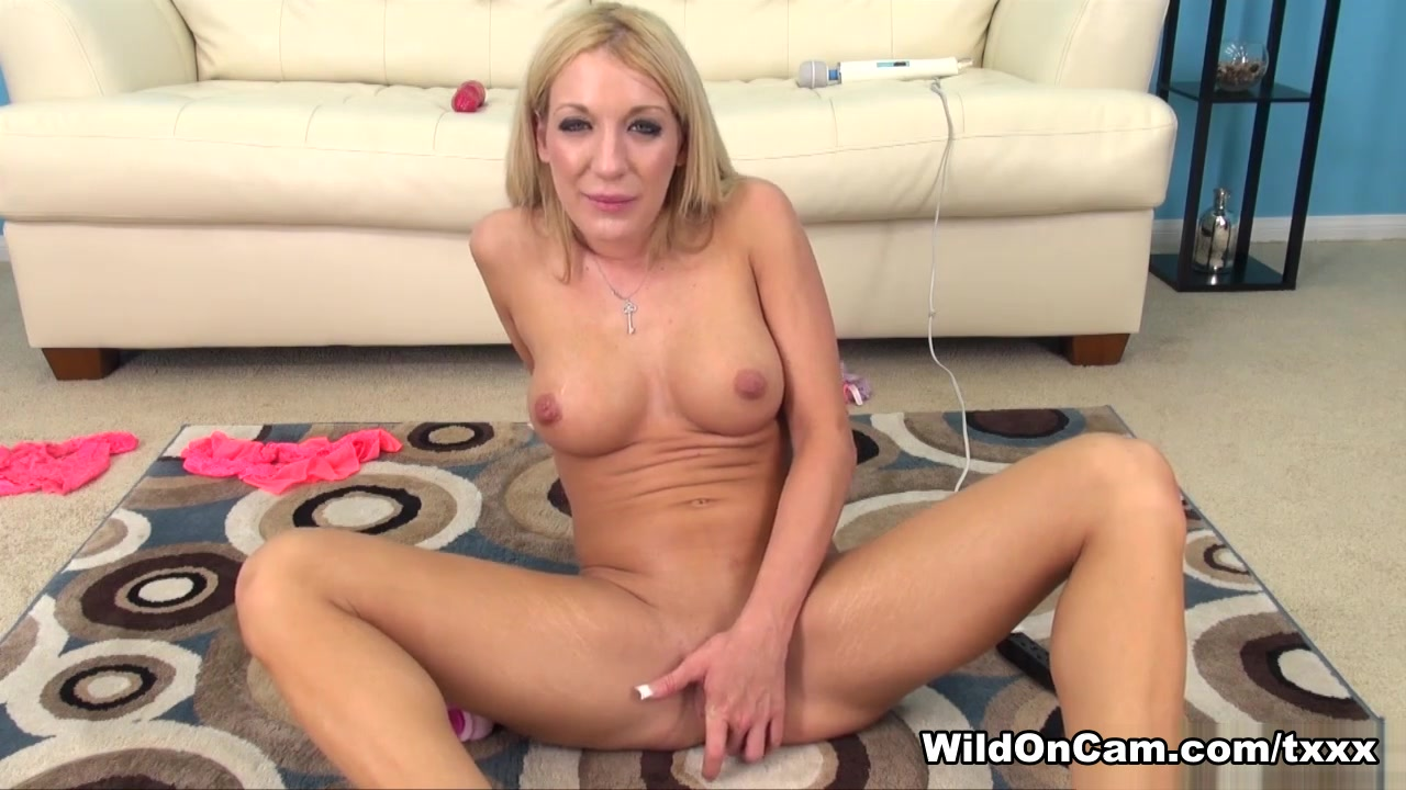 New xXx Video Nasty naked whores