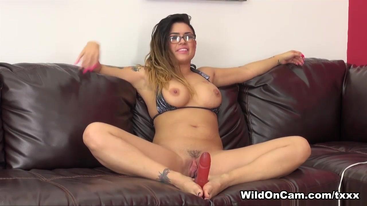Nude 18+ Facebook and sex